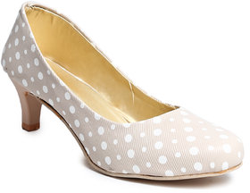 Amour World Women's Beige Kitten Heel - 134860970