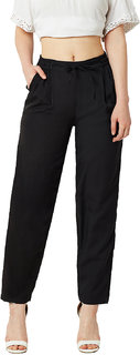 Women's Black Solid Relaxed Fit Straight Pants