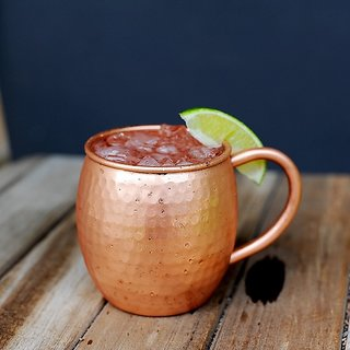 Tariq Lifestyle Pure Copper 16 Fluid Ounce Hammered Moscow Mule Mug with Copper Pipe C-Shape Handle