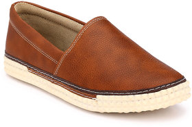 Mactree Men Brown Casual Sneakers