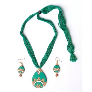 Terracotta Green Necklace