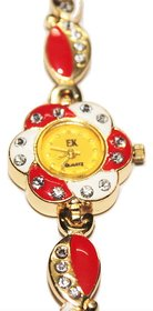 Exclusive Women Bracelet Type Analog Wrist Watch Golden Finish
