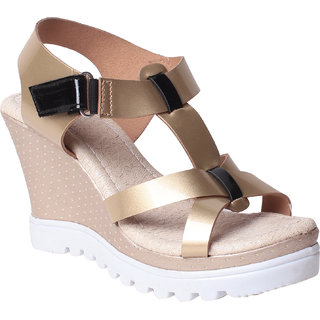 MSC Women's Gold Wedges