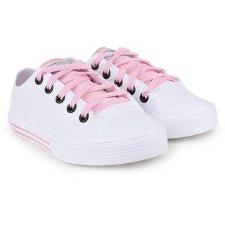 Vaniya shoes Women's White Bellies