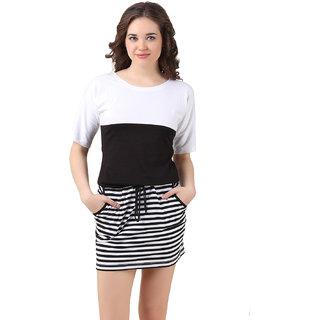 Texco Women Black & White Self design Half sleeve Round neck Dress