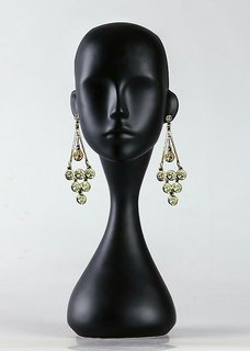 Fashionable And Contemporary Designed Ear Ring  By Anand