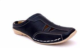 Manav Men's Black Slip on Sandals