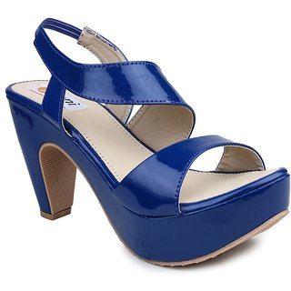 339f226beeb7 Buy Digni Women s Blue Sandals Online - Get 1% Off