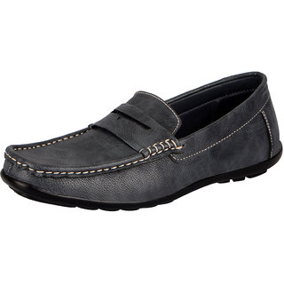 2747933f153 Buy FAUSTO Blue Men s Loafers Online - Get 4% Off