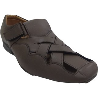 317f45b0c371 Buy Vok star Men s Beige Sandals Online - Get 5% Off