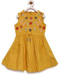 Bella Moda Girls Yellow Printed Fit & Flare Dress