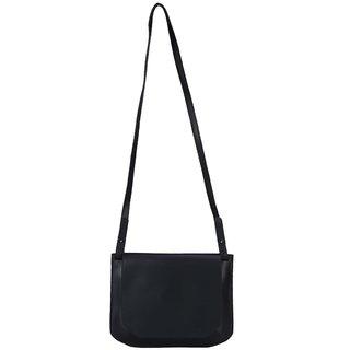 4f2e30cbb414 Buy Old Tree Black Plain Sling Bag Online   ₹1663 from ShopClues