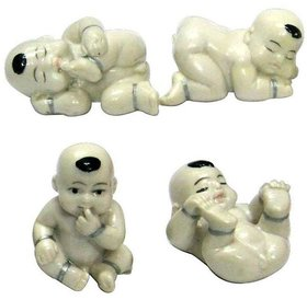 Set of 4 Different Positions of born baby