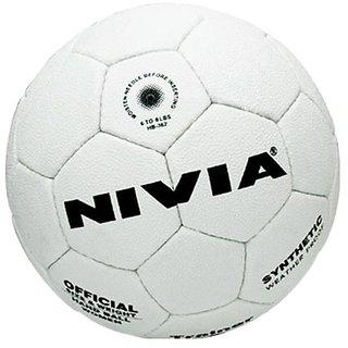 trainer hand ball