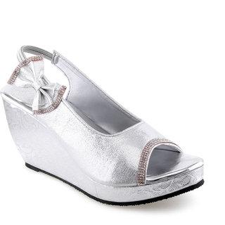 Vaniya Shoes Silver Wadges