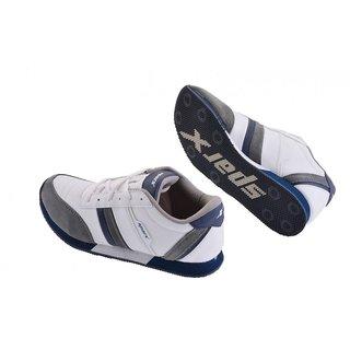 Sparx Men White & Grey Lifestyle Shoe