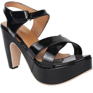 a7eb8dbeeb8 Buy Do Bhai Women s Black Heels Online - Get 30% Off