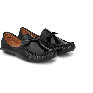 Big Fox Men's Patent Bow tie loafers