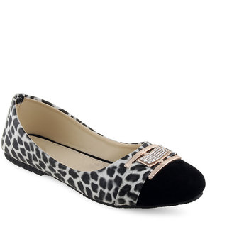 Vaniya Shoes White Bellie