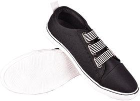Essence Men'S Black Slip On Casual Shoes