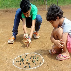 Kuhu Creations Supreme Marble Glass Playing Balls (Kanche, Goli) Traditional Indian Game. (18 Units, Multicolor 1cms)