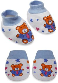 Tumble Blue Printed Mittens and Booties set - 0 to 6 Months