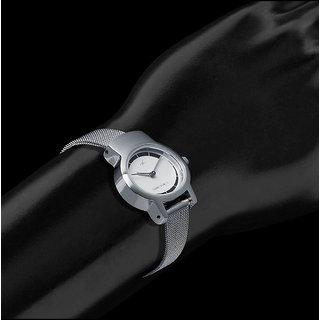 Fastrack Analog Watch For Women-NE2298SM01