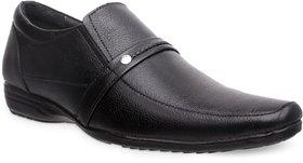 Groofer Men's Black Genuine Leather Slip-on Formal Shoe