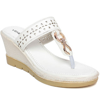 d56270f7598fb Buy Vendoz Women Casual White Wedges Online - Get 4% Off
