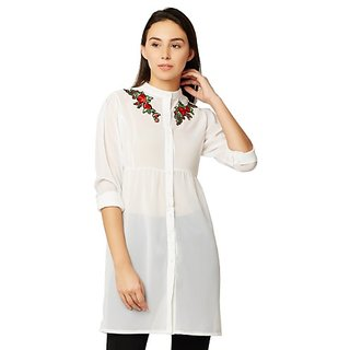 47a6eacf2ce3d Buy Women s White Solid Round Neck 3 4 Sleeve Buttoned Gathered Mid-Thigh  Length Embroidered Top Online - Get 58% Off
