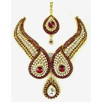 Colorful Stone Necklace Set With Mangtikka & Earrings - 69601