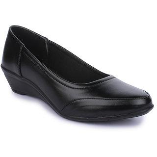 Naisha Womens Black Formals Shoes