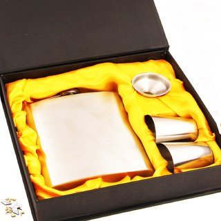 Lucky Traders Hip Flask with 2 shot glass