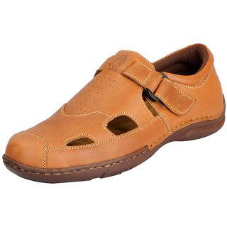 c55268bb334f16 Buy Hush Puppies Men s Tan Sandals Online - Get 14% Off