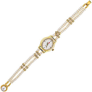 Sri Jagdamba Pearls Overwhelming Pearl Watch
