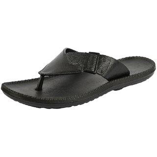 471489fd8c18 Buy DIZI Men s And Boy s Black Slippers And Flip Flops Online - Get 68% Off