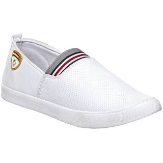Azotic casual shoes