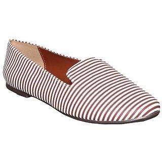Flora Women's Brown Casual Shoe