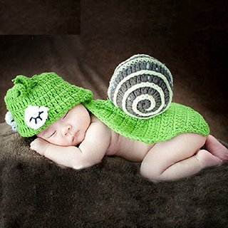 Kuhu Creations New Born Baby and Infant Prop Handmade Photography Prop with Crochet Knit. (Green Snail Style)