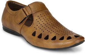 Sir Corbett Men's Beige Sandals - 136212079