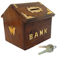 S Paonta Wood Piggy Bank - Pack of 1