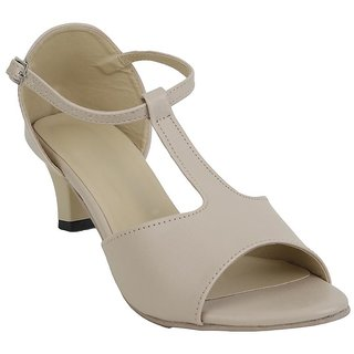 Glitzy Galz Cream Heel for women