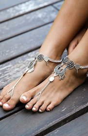 Intrend Forever Silver Tribal Boho Anklet with Toe Chain for Women