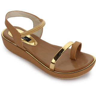 Funku Fashion Women Tan Sandal