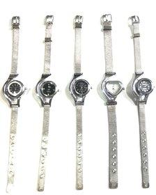 Black Worldcup Design Wrist Analogue Watch Girls On Discounted Price