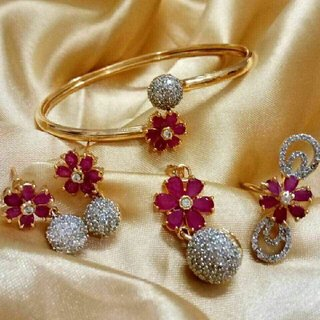 Ameriacan Diomand Braslate Ring Earring Pendal with chain  for attactive look bridal combo MAROON
