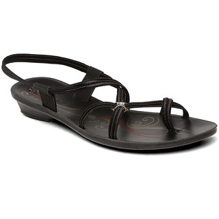 6b23dc736 Buy Paragon-Solea Women s Black Slippers Online   ₹209 from ShopClues