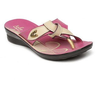 75b8f500bbcb Buy Paragon-Solea Women s Pink Slippers Online   ₹239 from ShopClues