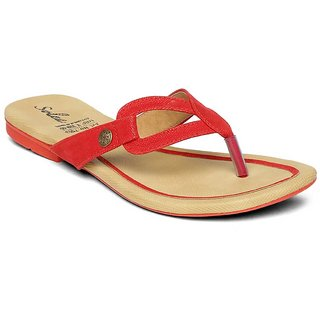 7a28bcc750b9c Buy Paragon-Solea Plus Women s Red Slippers Online   ₹247 from ...
