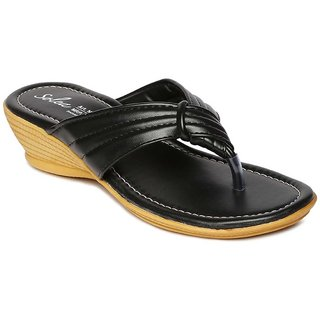 9c3339555c64 Buy Paragon-Solea Plus Women s Black Slippers Online   ₹299 from ShopClues